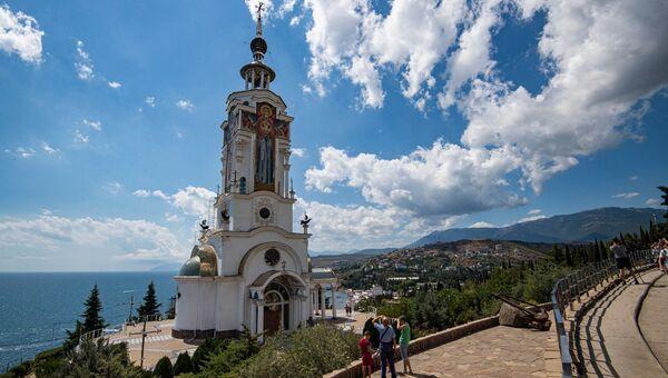 ВИДЕО_ Храм-маяк в Малореченском