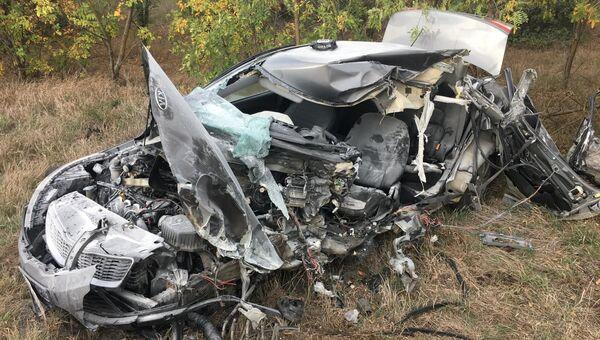 Смертельное ДТП с автобусом в Крыму: иномарка вылетела на встречку