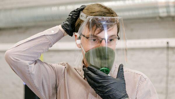 Производство лицевых экранов для индивидуальной защиты глаз, дыхательных путей и лица