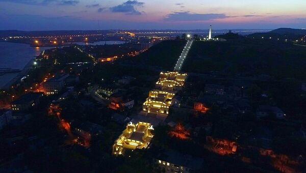 Освещение на Митридатской лестнице в Керчи