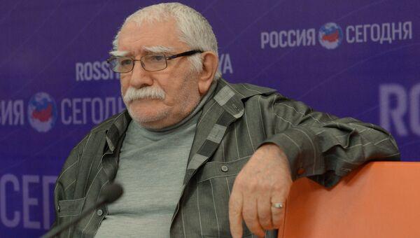 Актер и режиссер Армен Джигарханян
