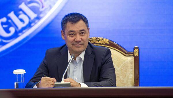 Внеочередное заседание парламента Киргизии