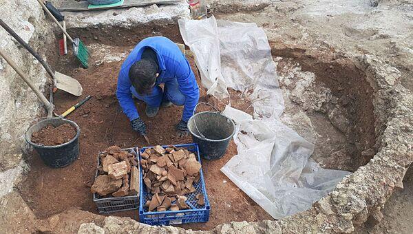 Раскопки керамической мастерской в Севастополе