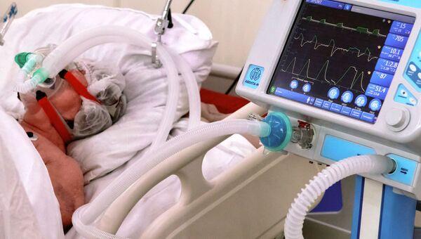 Работа госпиталя для больных коронавирусом