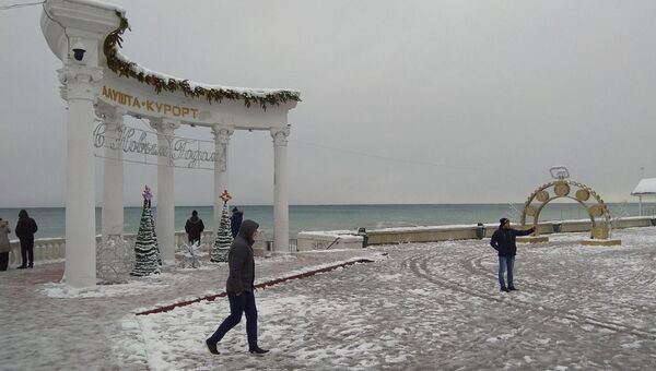 Зима в Алуште