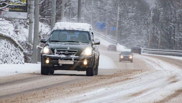 Горная дорога зимой