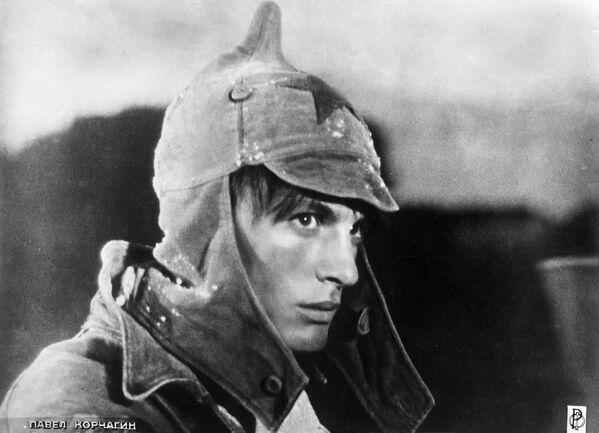 Кадр из фильма Павел Корчагин (1956).