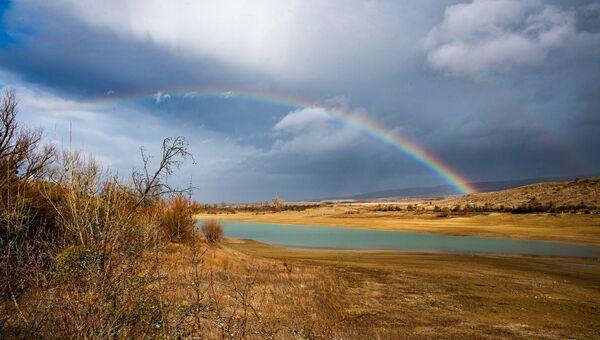 Радуга над Аянским водохранилищем