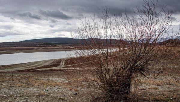 На Симферопольском водохранилище