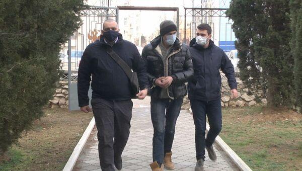 Ради выпивки и развлечений: как в Севастополе рецидивист ограбил таксиста