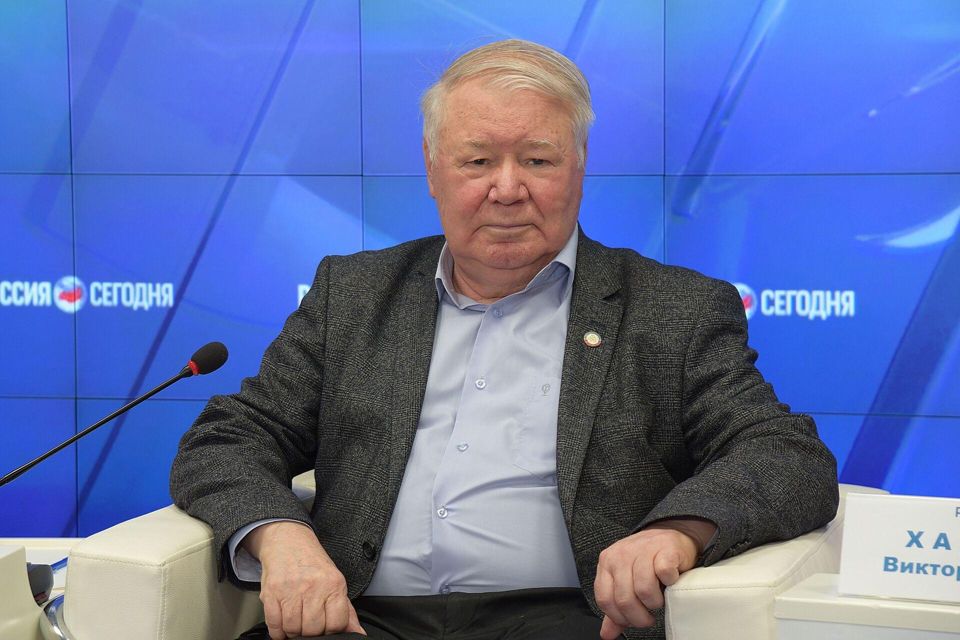 Председатель Общественной палаты РК ,политолог Александр Форманчук - РИА Новости, 1920, 25.08.2021