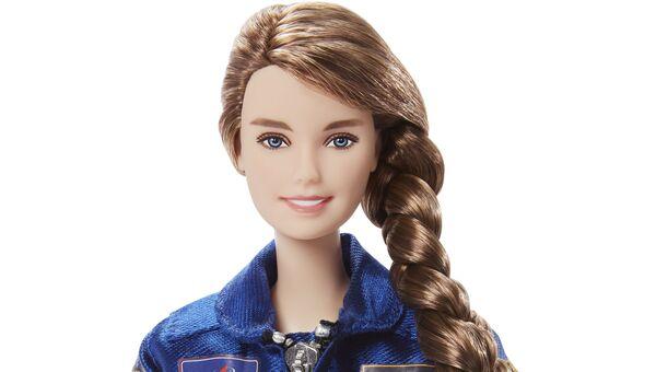 Единственная женщина-космонавт из Роскосмоса стала новой Barbie