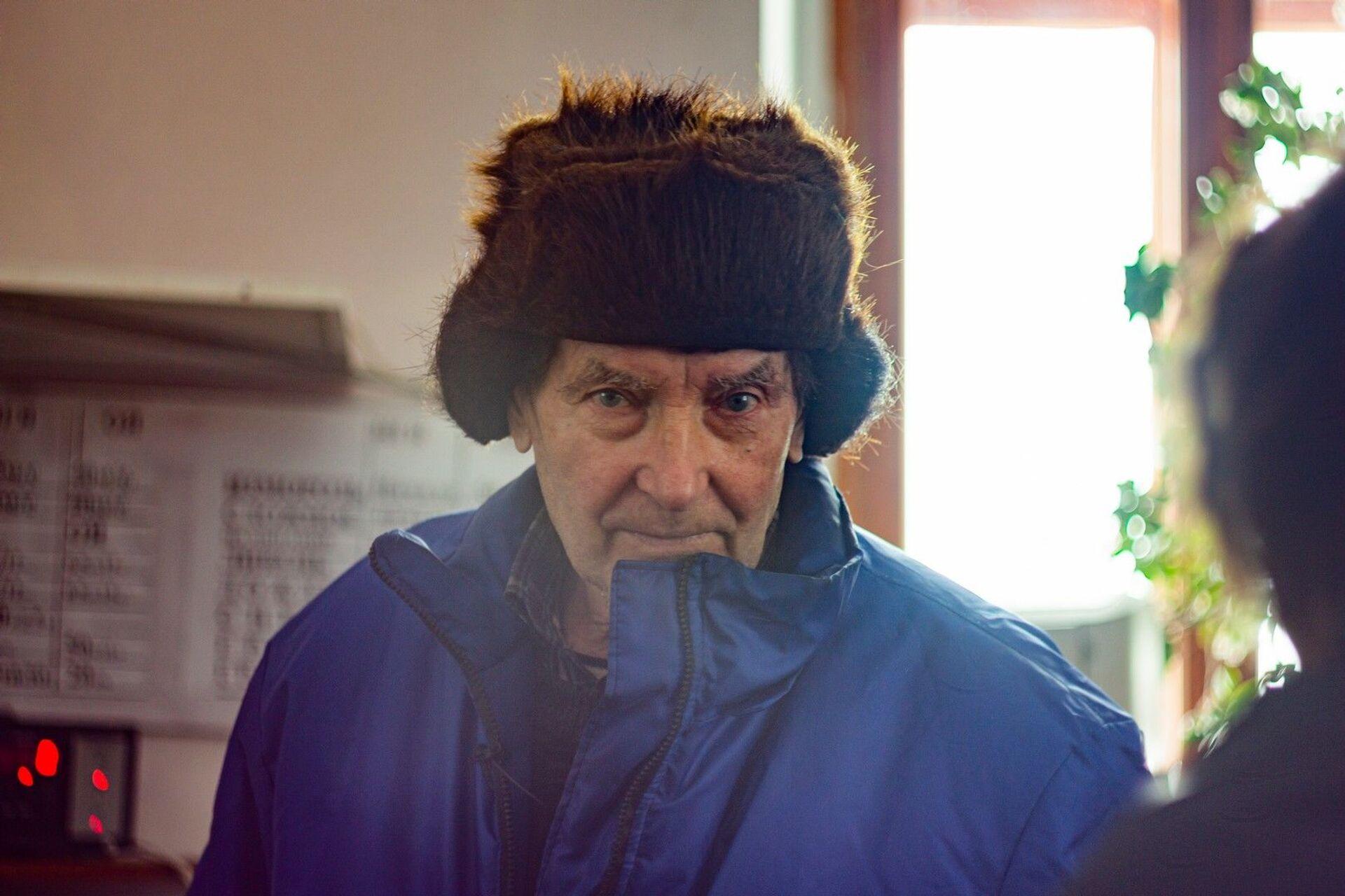 Почти полвека на вершине Ай-Петри: как живет династия метеорологов - РИА Новости, 1920, 23.03.2021