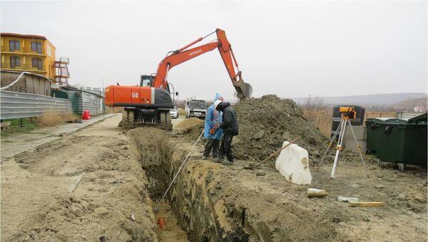 В Коктебеле во время проведения земляных работ были обнаружены человеческие останки и фрагменты армейской обуви