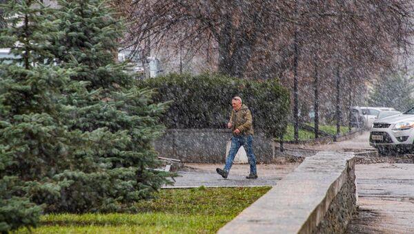 Симферополь снег апрель