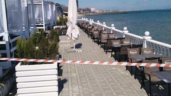 Власти Феодосии объявили аварийно-опасным участок набережной