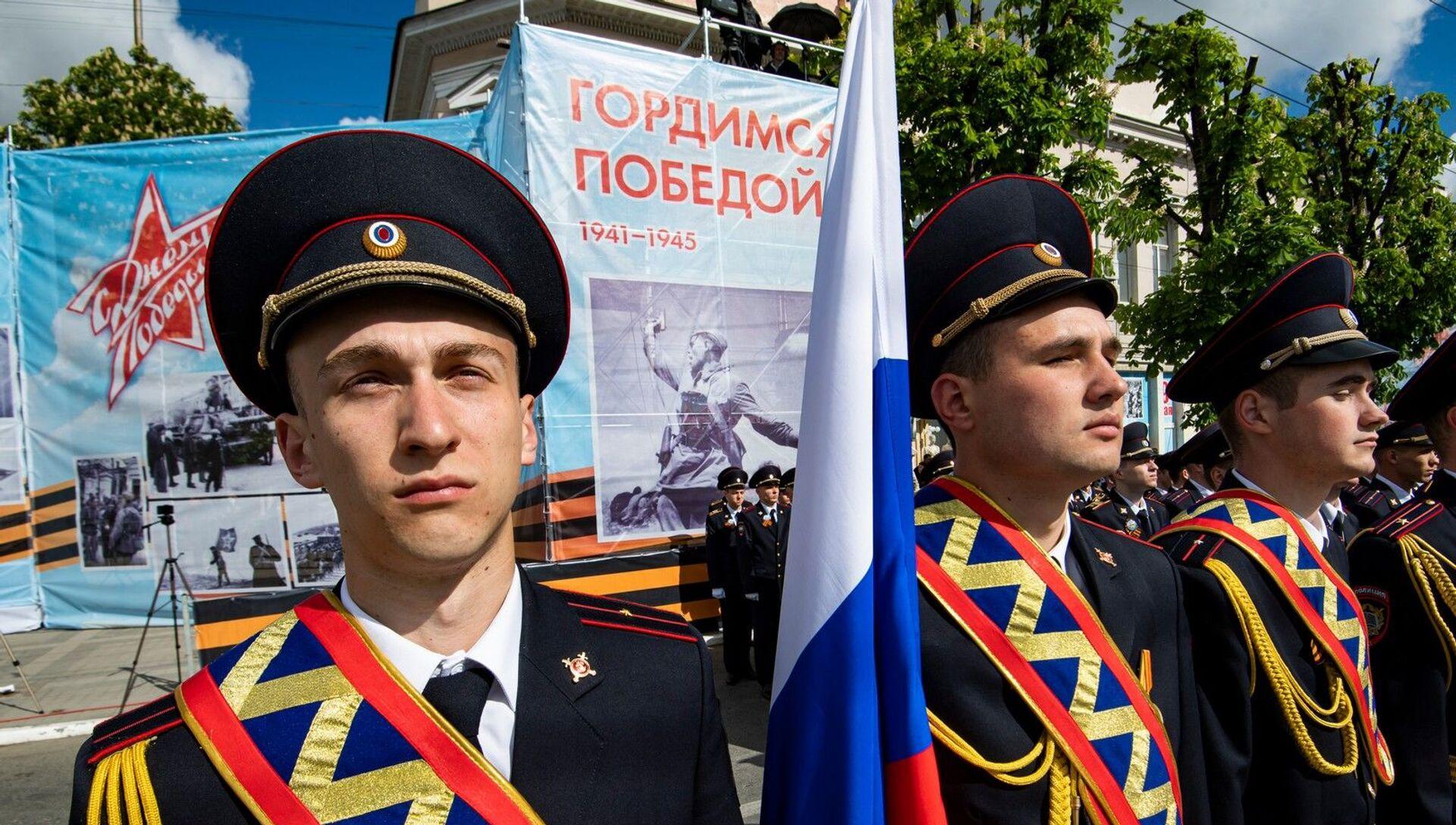 Парад Победы в Симферополе 20201 - РИА Новости, 1920, 09.05.2021