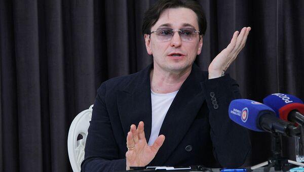 Сергей Безруков на пресс-конференции в Севастополе