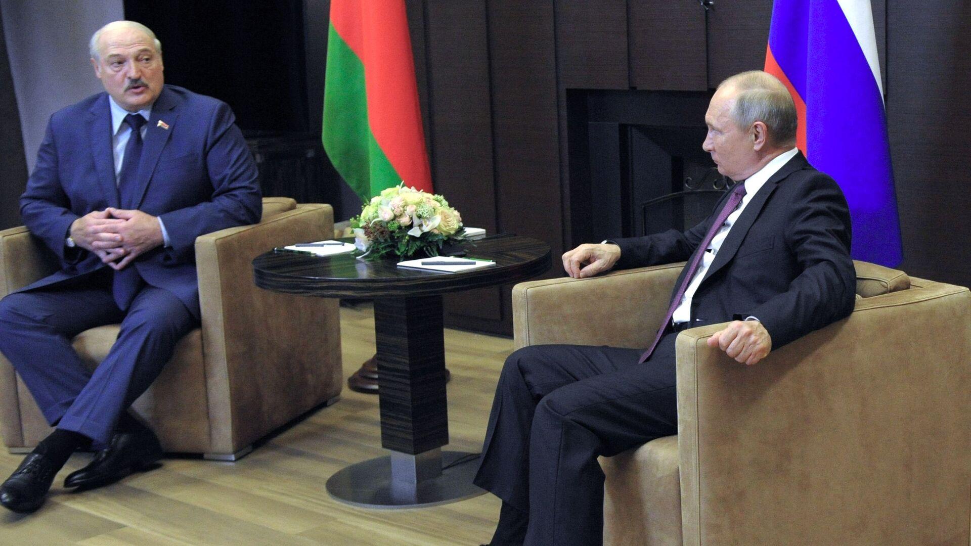 Президент РФ В. Путин встретился с президентом Белоруссии А. Лукашенко - РИА Новости, 1920, 27.09.2021