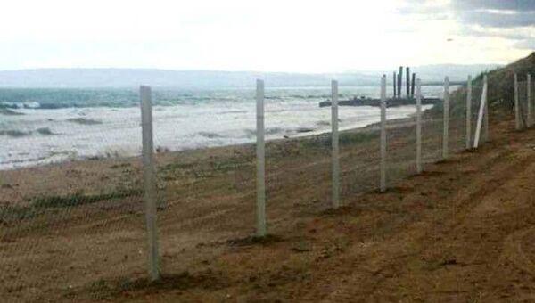 В Феодосии незаконно огородили 25 га дикого берега