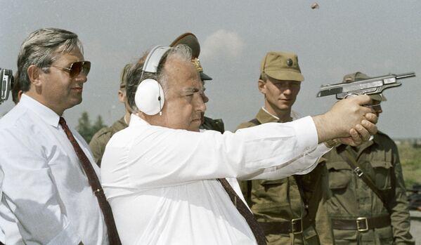 Скончался экс-глава правительства России Виктор Черномырдин