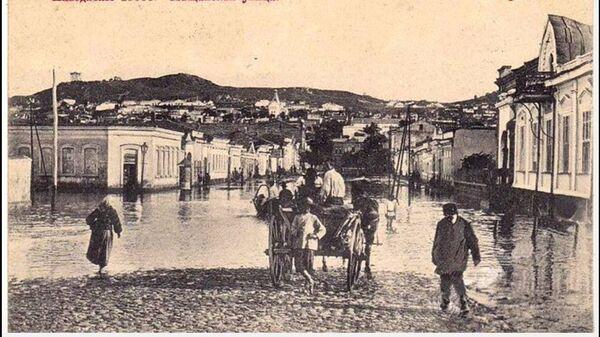 Наводнение в Керчи даже изображали на дореволюционных открытках