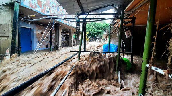 Улицу Вергасова в Ялте снова затопило после ливня