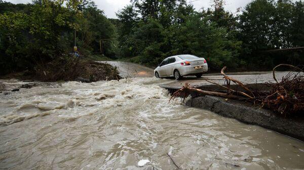 Подтопления из-за ливней в Сочи. Река Мацеста, Архивное фото