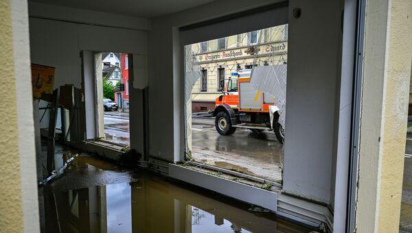 15 июля 2021 года. Ущерб, причиненный наводнениями на реке Вольме в Дале близ Хагена (западная Германия) после сильных ливней