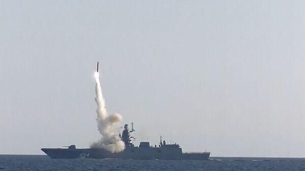 Стрельба гиперзвуковой ракетой Циркон с фрегата Адмирал Горшков