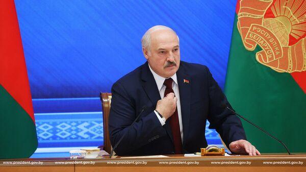 Президент Белоруссии Александр Лукашенко. 9 августа 2021 года. Встреча с журналистами, представителями общественности, экспертного и медийного сообщества Большой разговор с Президентом