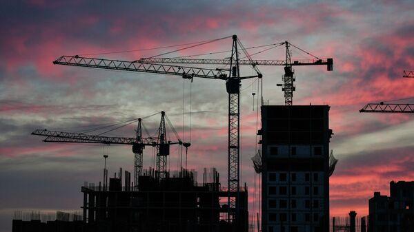 Строительство жилого комплекса в Симферополе.