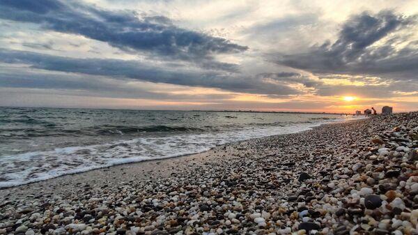 Берег Черного моря между Саками и Евпаторией