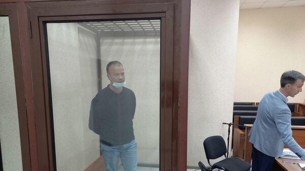Экс-министр строительства и архитектуры Республики Крым Михаил Храмов в зале суда в Симферополе