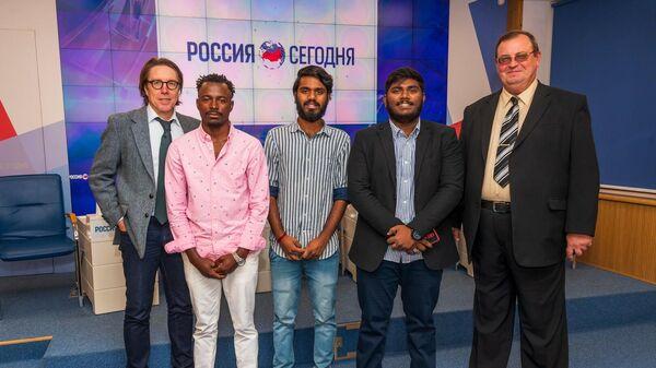 Участники пресс-конференции Без границ: как Крым представлен в мировом образовательном пространстве