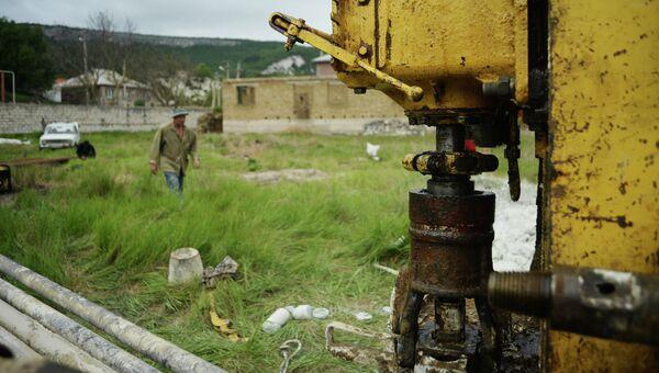 Бурение скважин для добычи воды в Крыму. Архивное фото