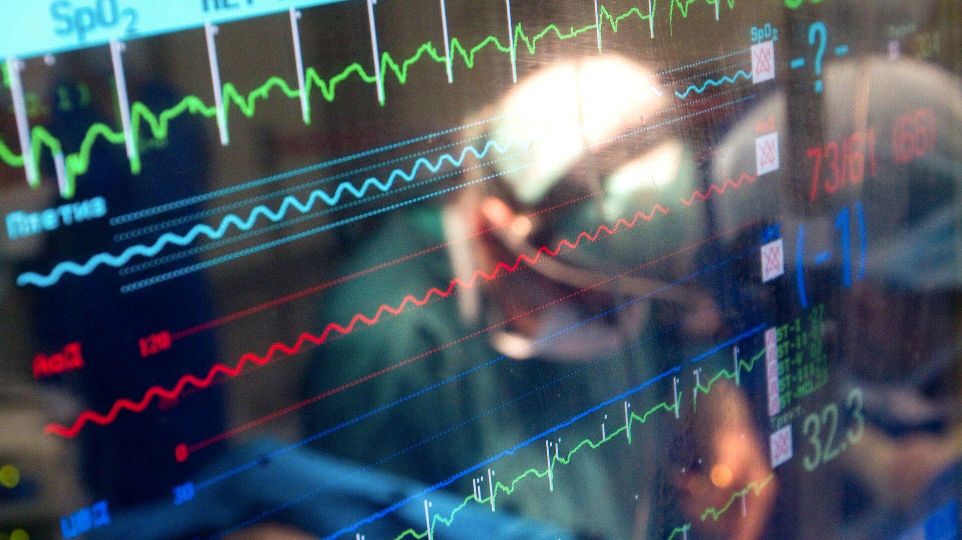 Операция по имплантации сердечного клапана в Научном центре сердечно-сосудистой хирургии им. А.Н. Бакулева - РИА Новости, 1920, 29.09.2021