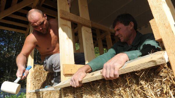 Строительство дома из блоков прессованной соломы