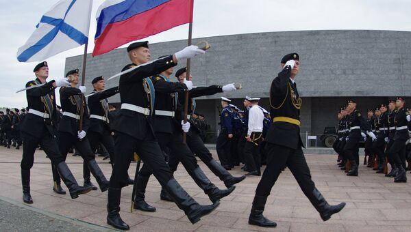 Моряки черноморского флота принимают присягу в Севастополе