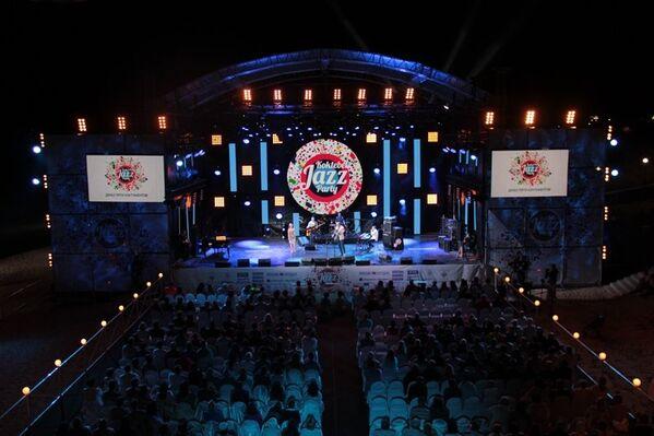 В первый день Koktebel Jazz Party собрал несколько тысяч зрителей