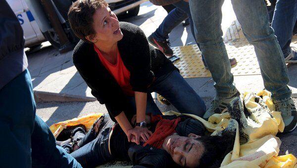 Женщина, получившая ранение во время теракта в Анкаре