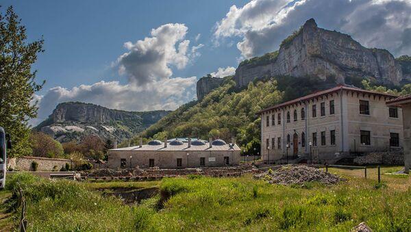 Зынджырлы медресе в Крыму