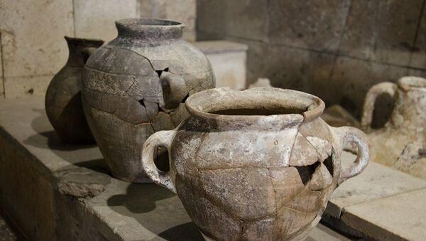 Археологи передали таманскому музею находки с территории будущего подхода к мосту в Крым