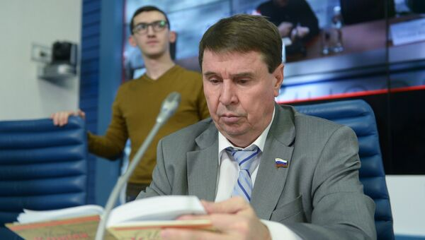 Член Совета Федерации Сергей Цеков