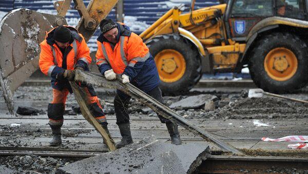 Ликвидация прорыва транзитного водовода в Екатеринбурге