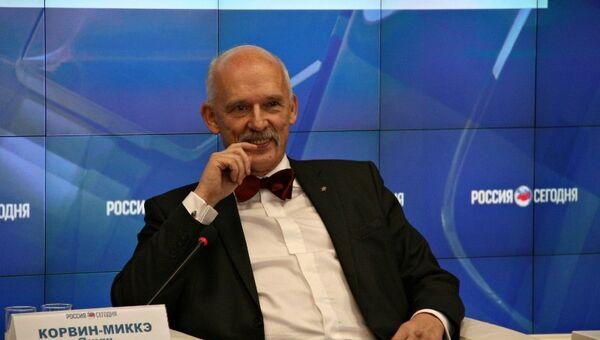 Депутат Европейского парламента, председатель партии Корвин Януш Корвин-Микке