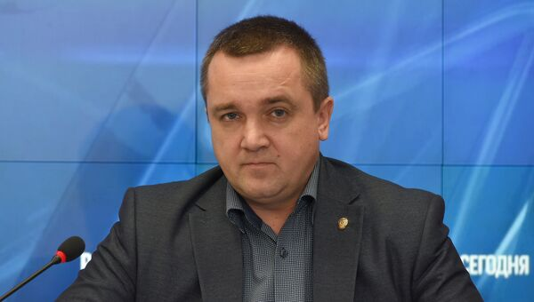 Руководитель Управления Федеральной налоговой службы по Республике Крым Роман Наздрачев