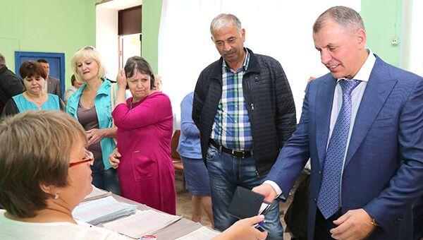 Предварительное голосование партии Единая Россия. Председатель Госсовета Крыма Владимир Константинов