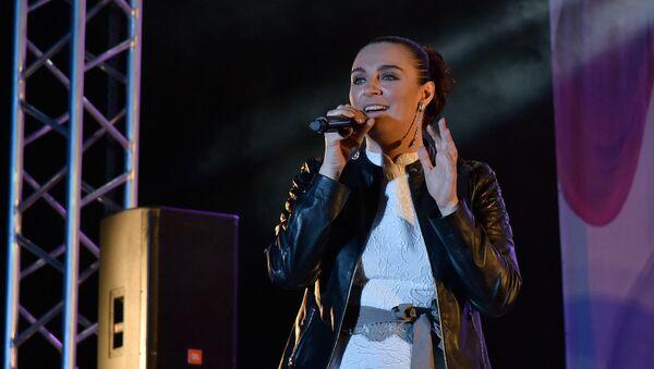 Певица Елена Ваенга на праздничном концерте в честь 232-летия Симферополя