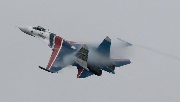 Один из пилотов авиационной группы высшего пилотажа Русские витязи Сергей Еременко